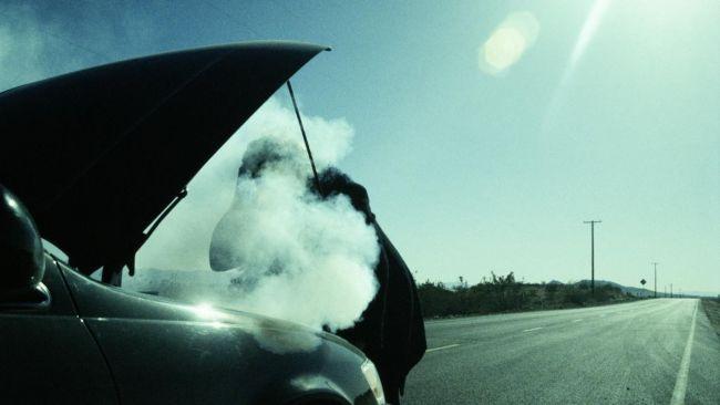 Можно ли глушить мотор, когда вентилятор системы охлаждения все еще работает?
